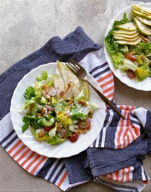 'Waldorf' Pear Salad